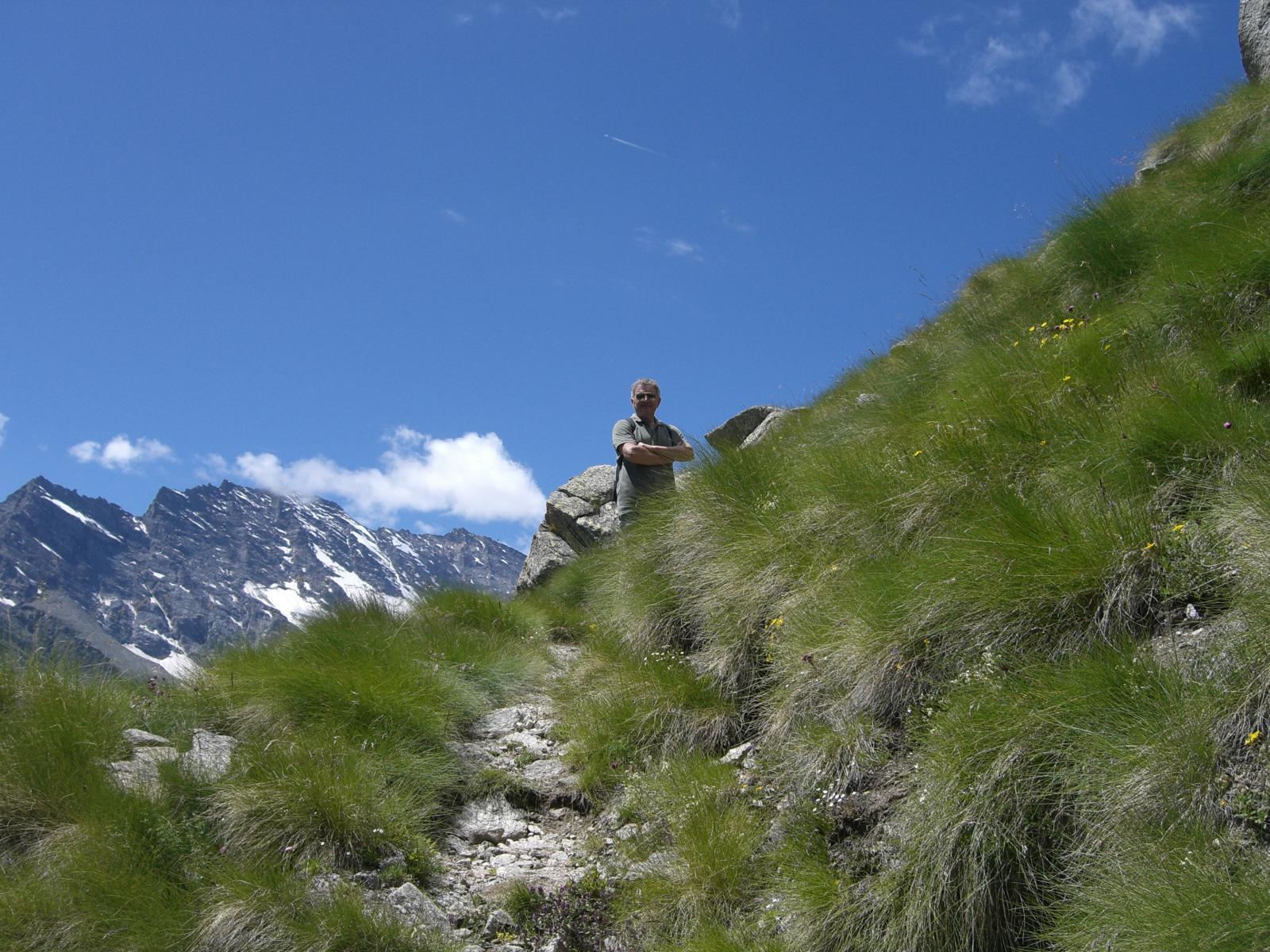 Il sentiero che sale al Casotto delle Cialme