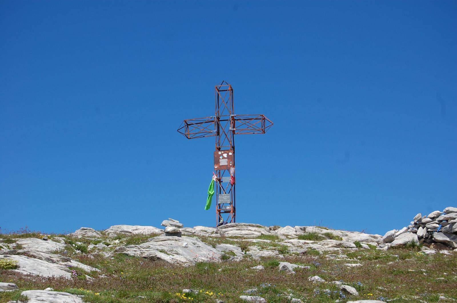 Croce sulla vetta