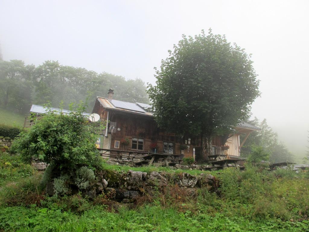Refuge du Pré Verel, poco sopra il parcheggio