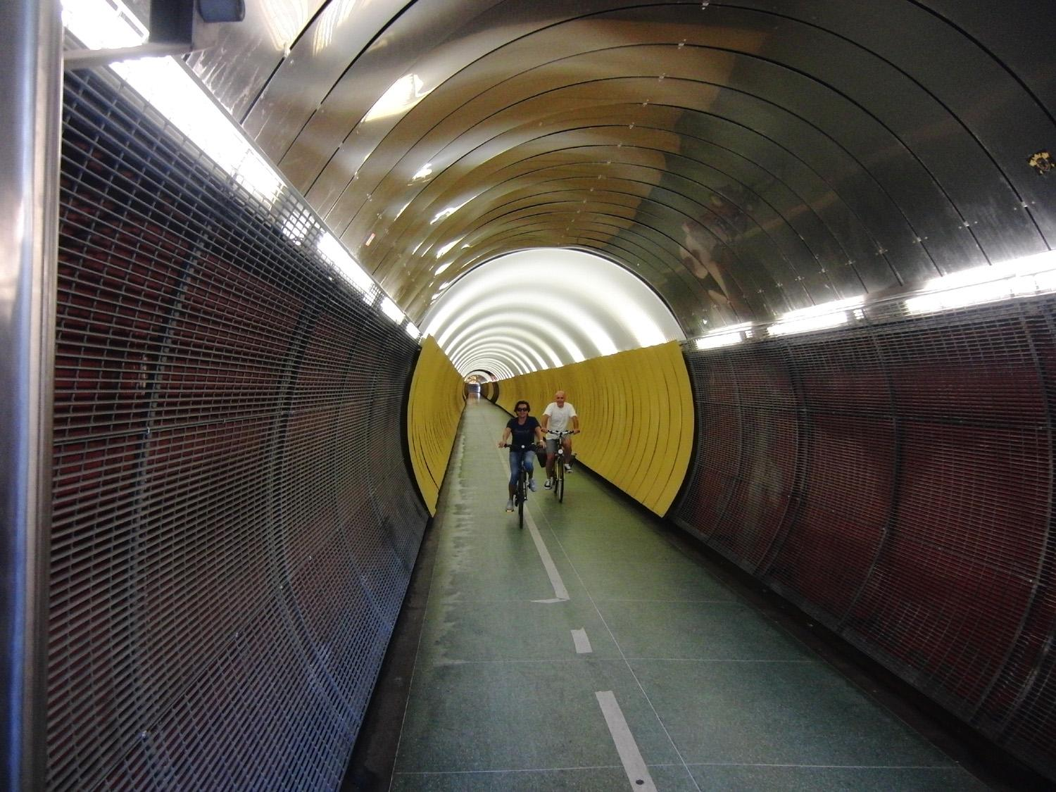 Tunnel ciclabile Palmen