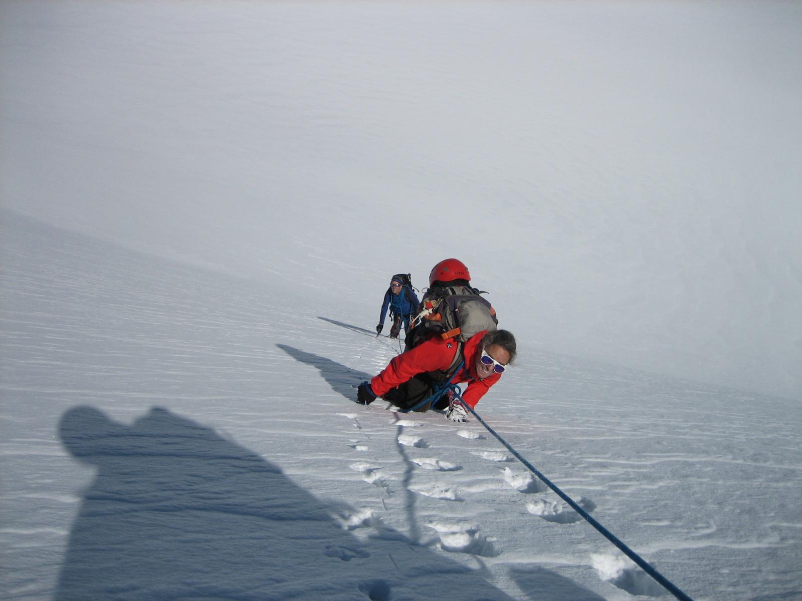 In verticale sulla calotta ghiacciata.