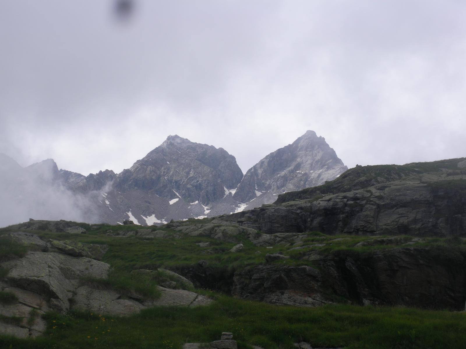 Monveso e Roccia Azzurra..dal Vallone della Muanda sulla via del ritorno..