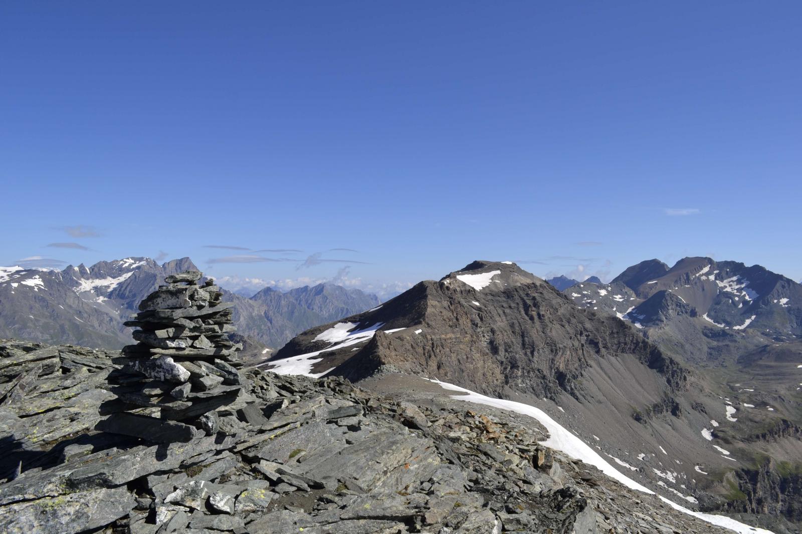 Panorama verso il taou blanc(a destra)