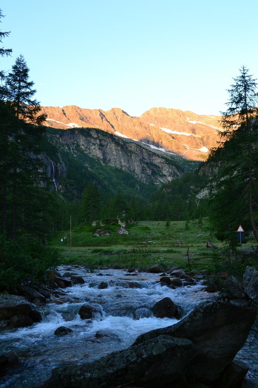 albeggia nei pressi dell'Alpe Casaravera
