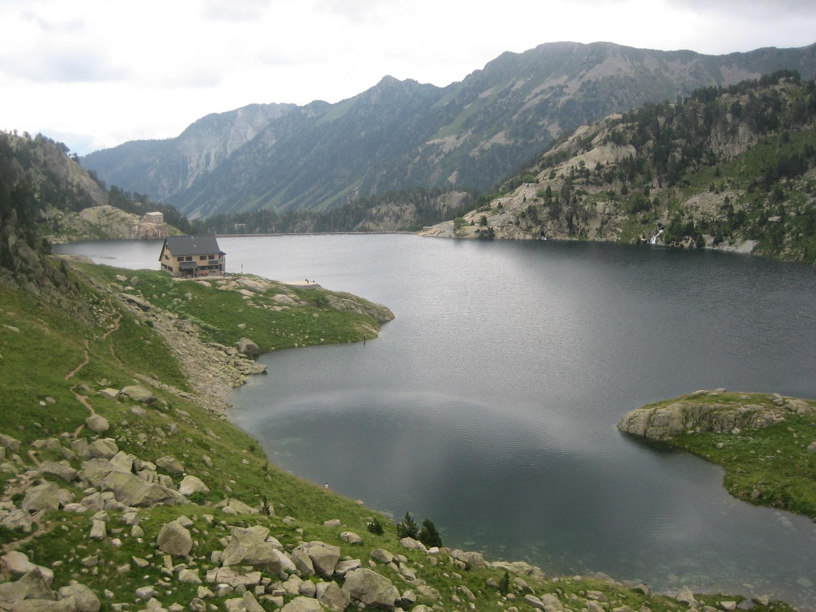 Lago e rifugio di Colomers