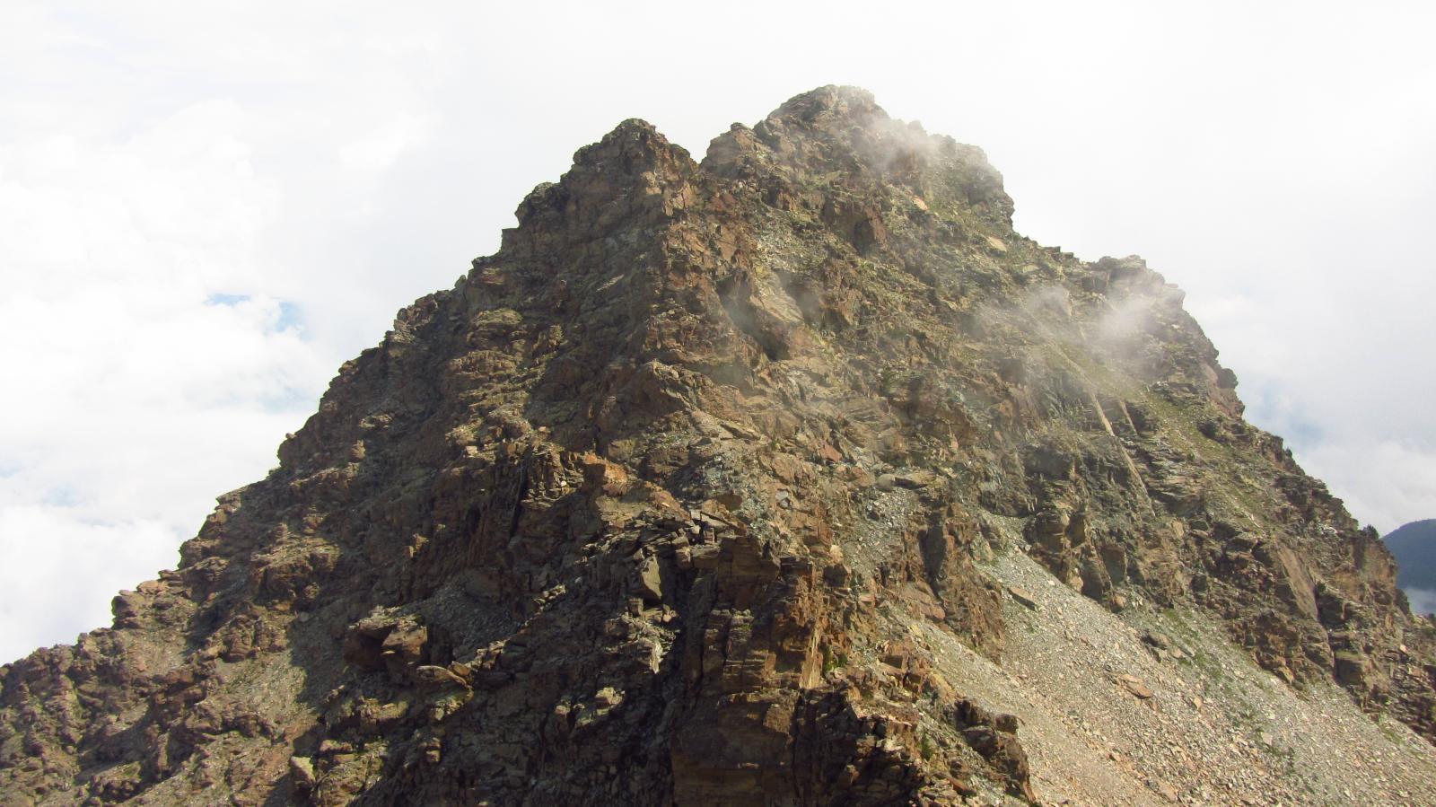 In discesa dal mont Giron guardando verso la cima Nera