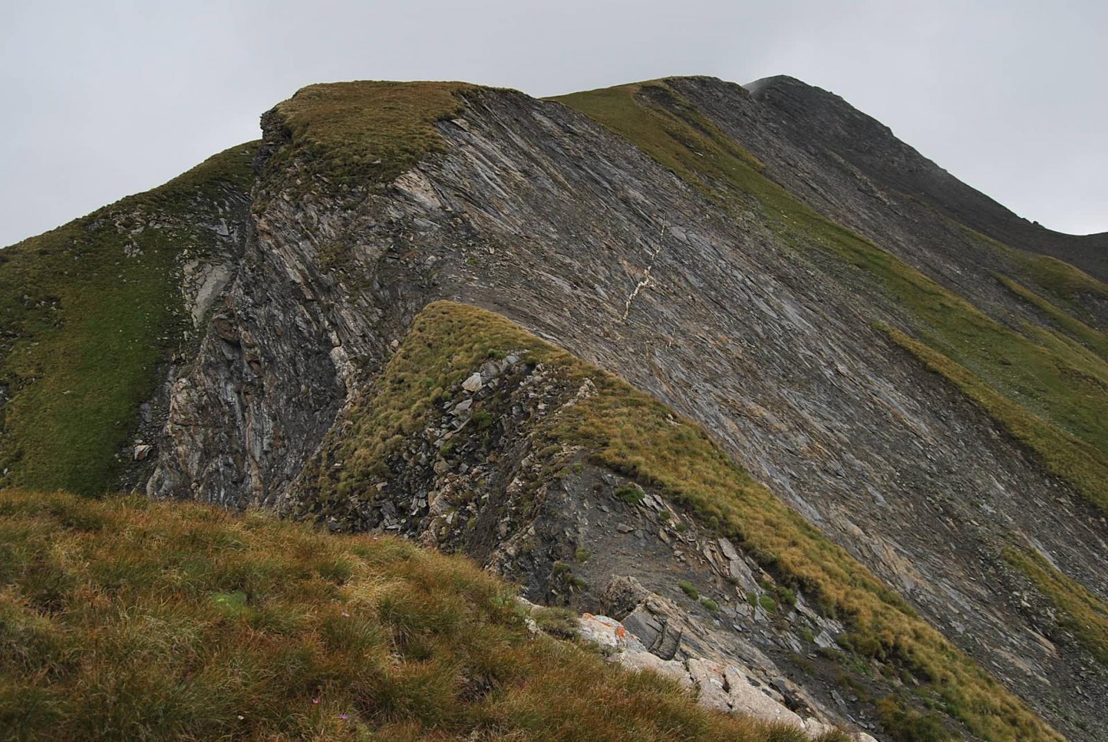 Il punto esposto sulla cresta che arriva a 3047 m. Qui il meteo ha suggerito il dietro-front.