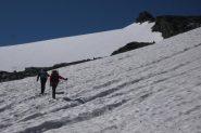 Attraversamento nevai prima del Col di Nivoletta