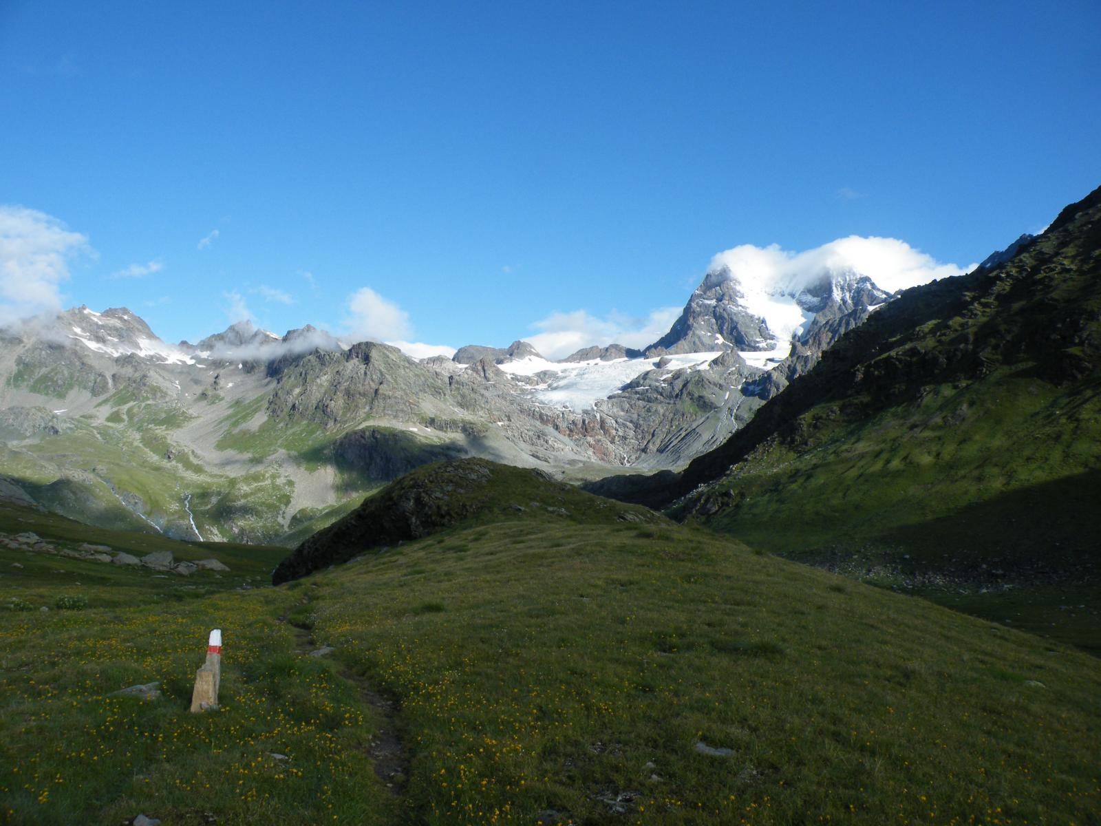parte di montagne e colli dove si snoda il percorso