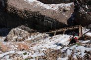 Scaletta gelata verso Rifugio Boè (solo discesa)