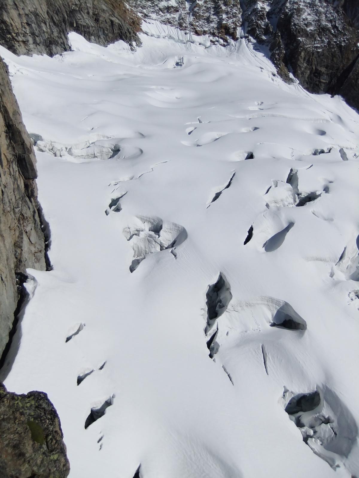 Il ghiacciaio di rientro visto dall'alto