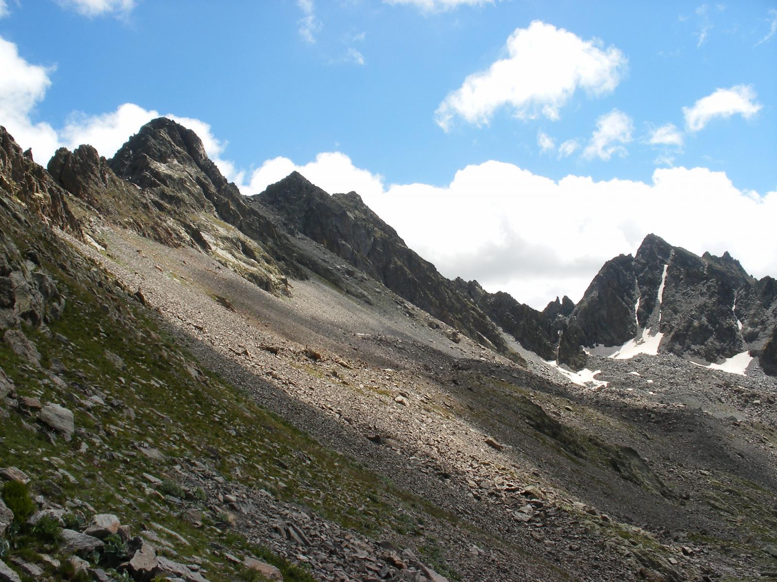 Vallonetto (Monte, Cime Nord e Sud)da Prati del Vallone e il Monte Las Blancias 2014-08-17