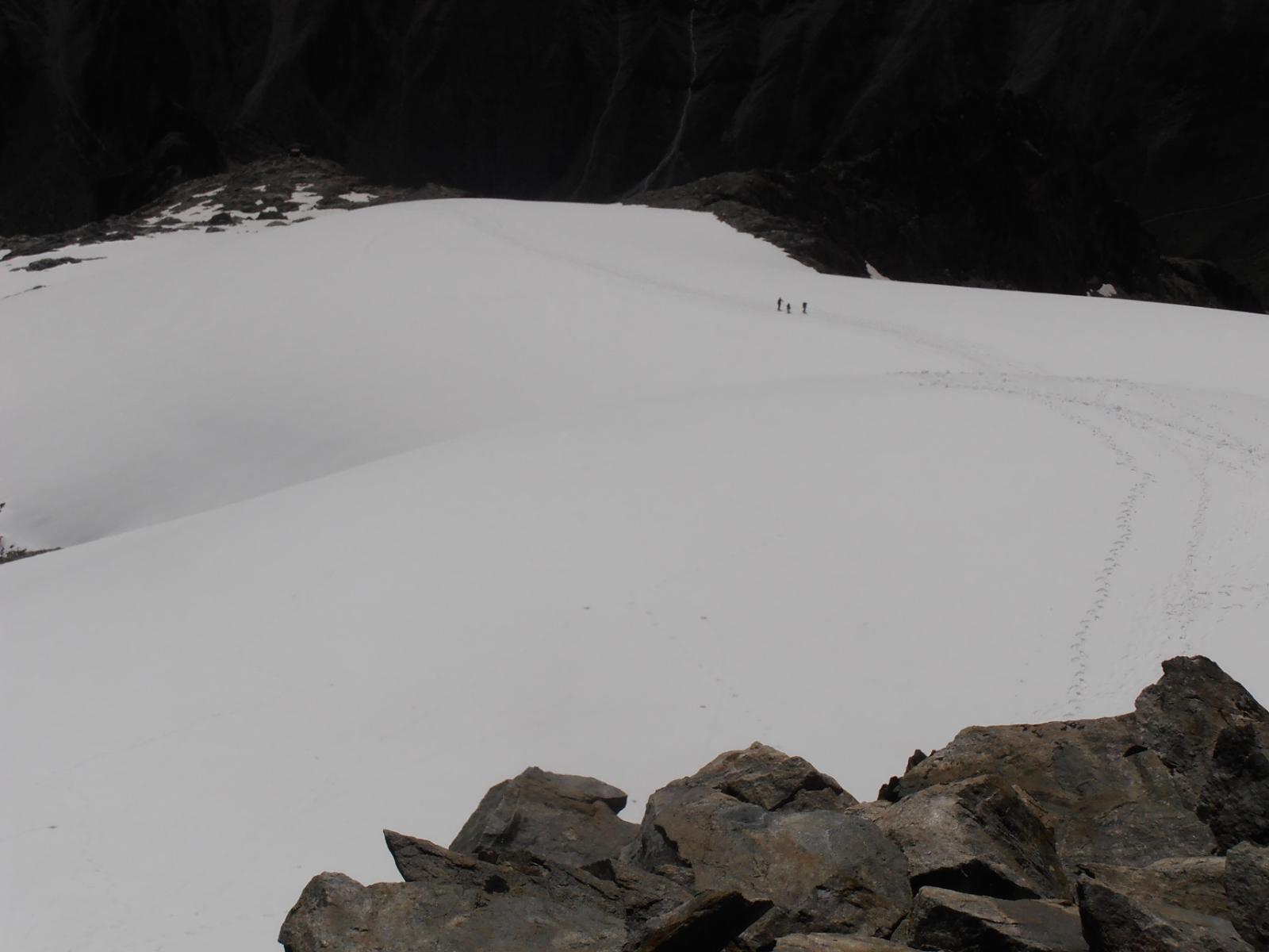 02 - dalla cima il ghiacciaio fino al bivacco