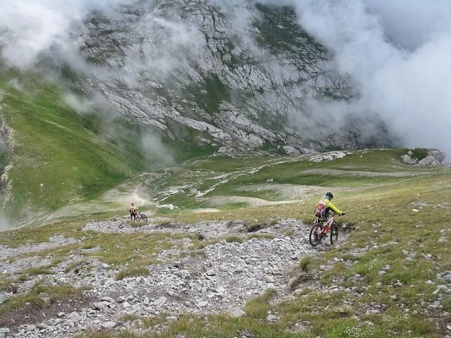 Mongioie (Monte) da Rastello, giro per per Passo Saline, Bocchin Aseo e Laghi della Brignòla 2014-08-19