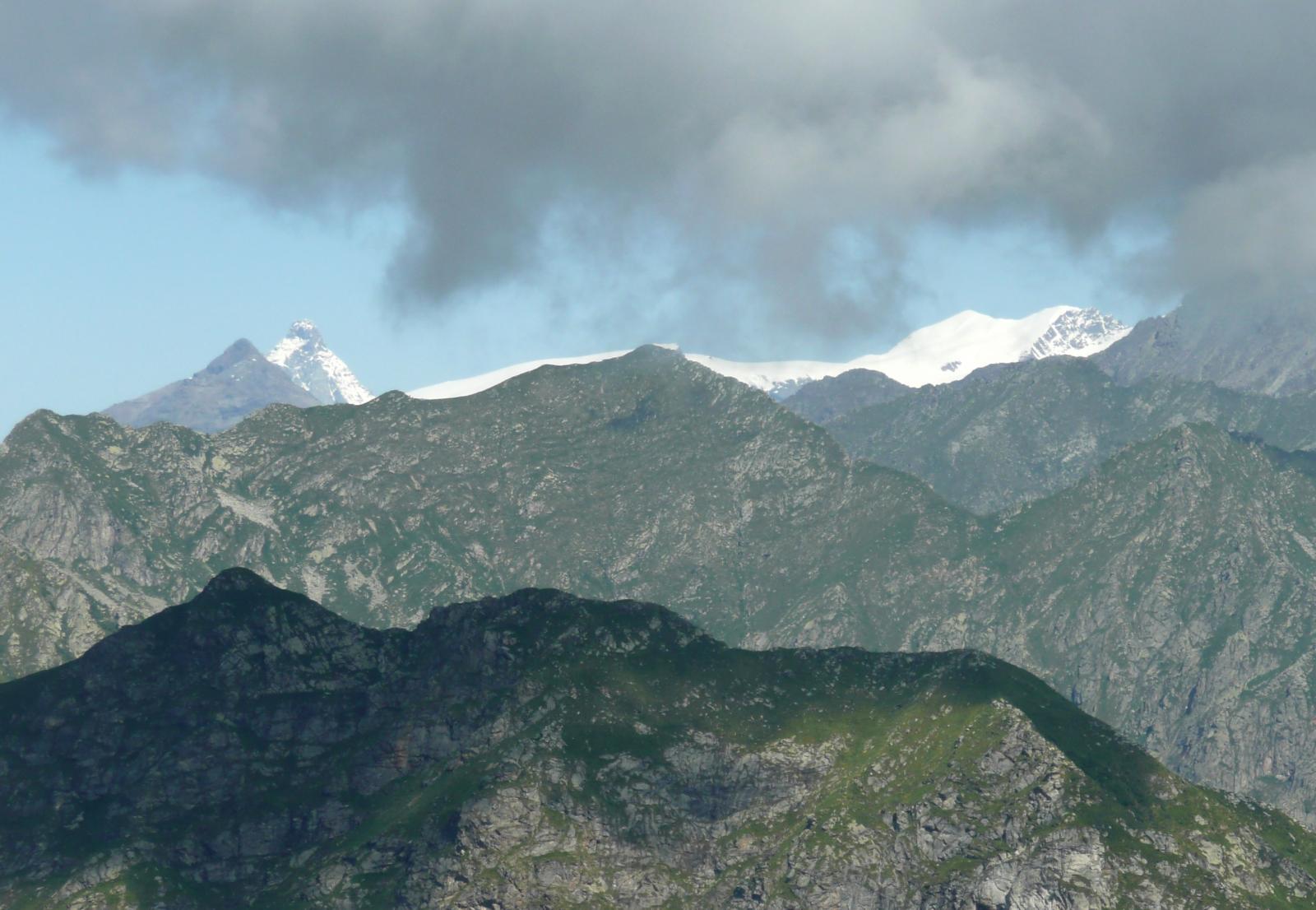 dal Cervino al Breithorn con le nuvole in arrivo