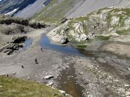Il pianoro dal quale si scende al sentiero che costeggia il torrente