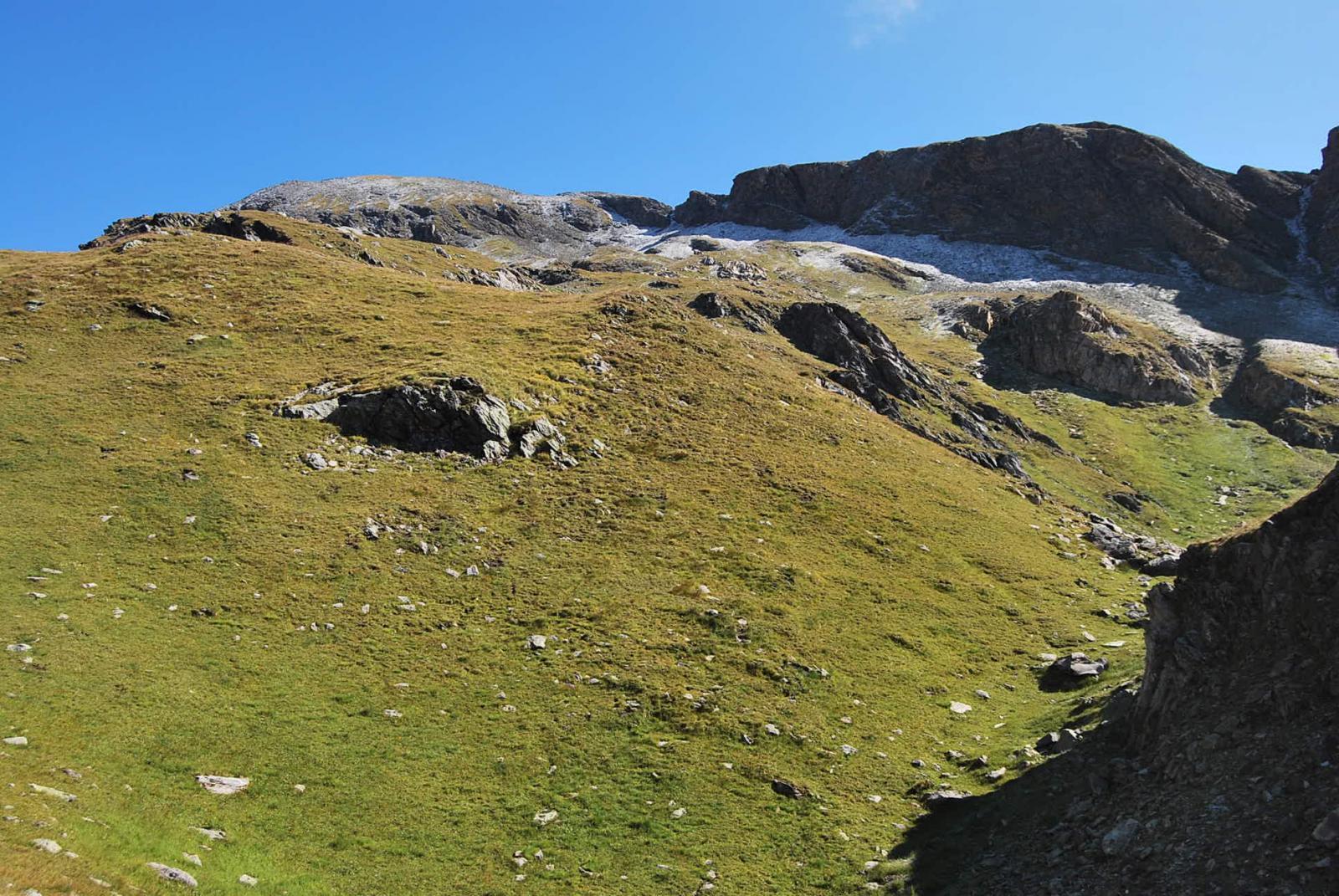 Sbarcati nel vallone, vista della cima quota 3047 m