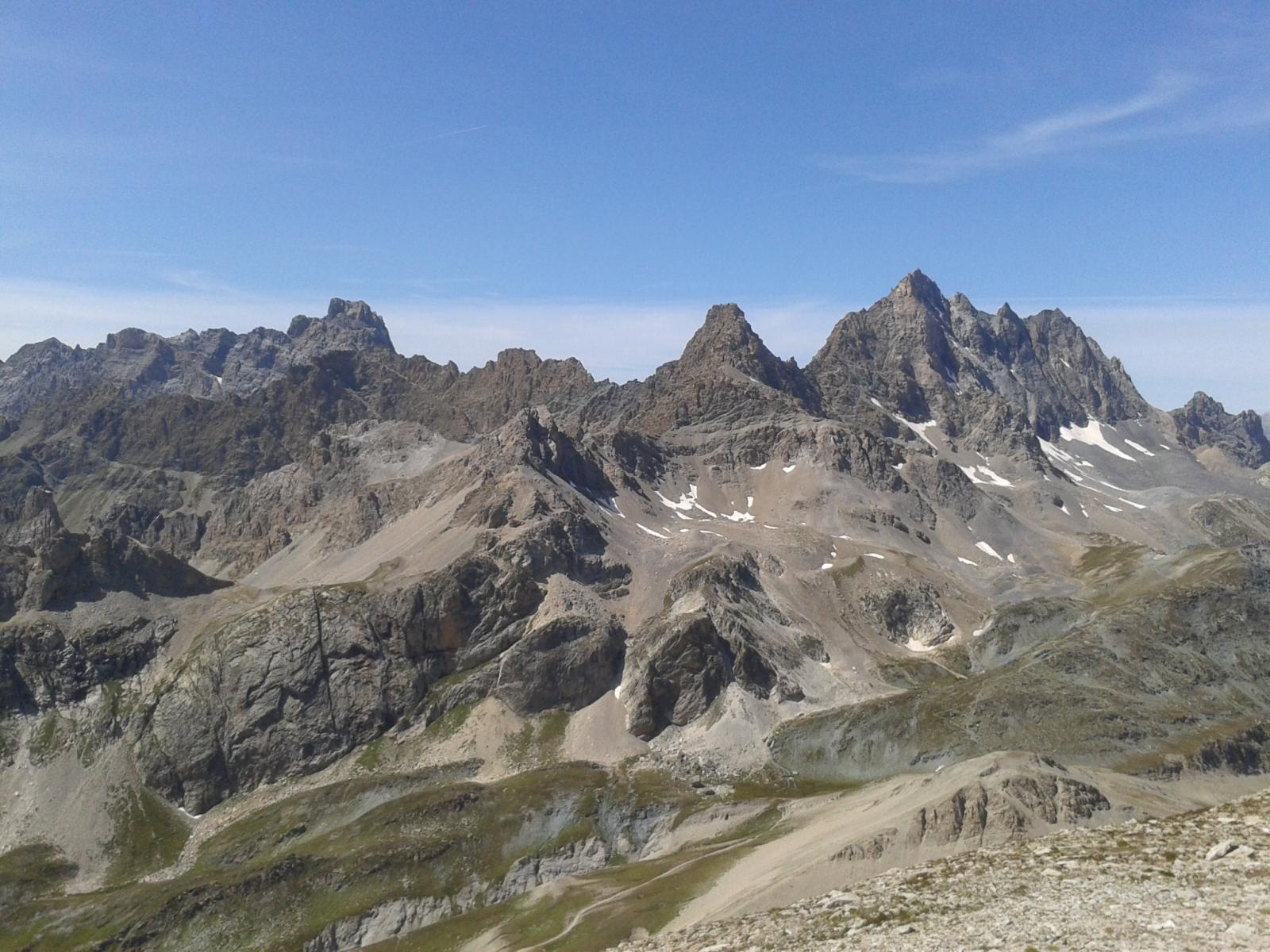 Panorama dalla vetta sul gruppo di Chambeyron
