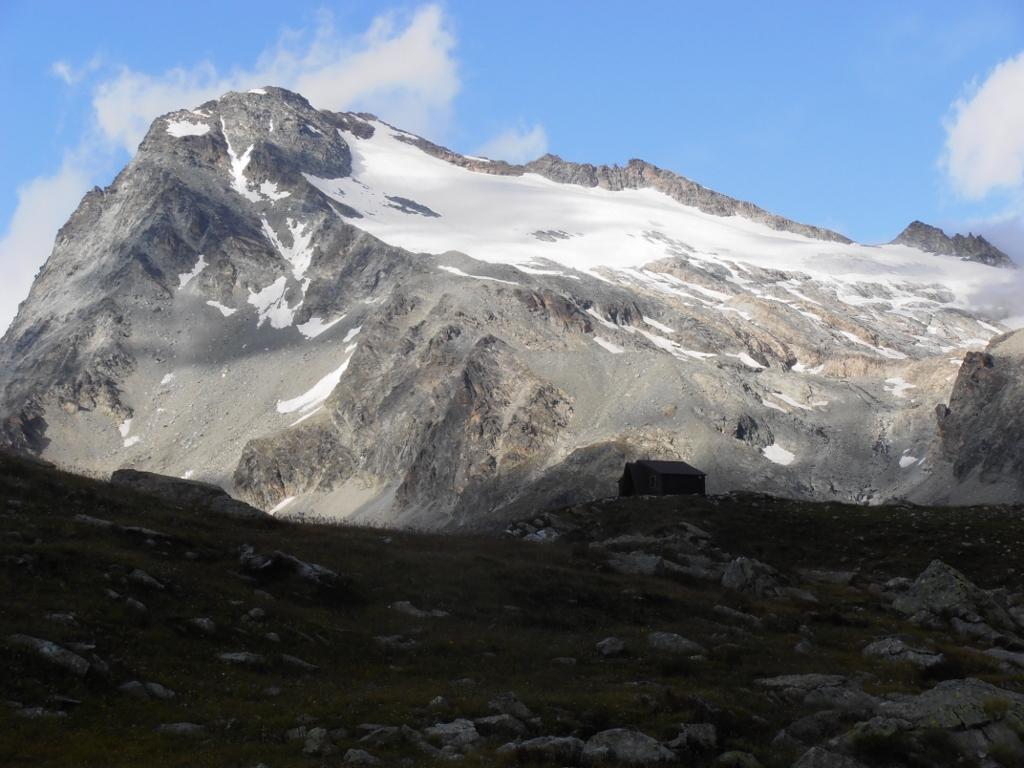 Gelè (Mont) Via Normale da Glacier per il Bivacco Regondi 2014-08-24