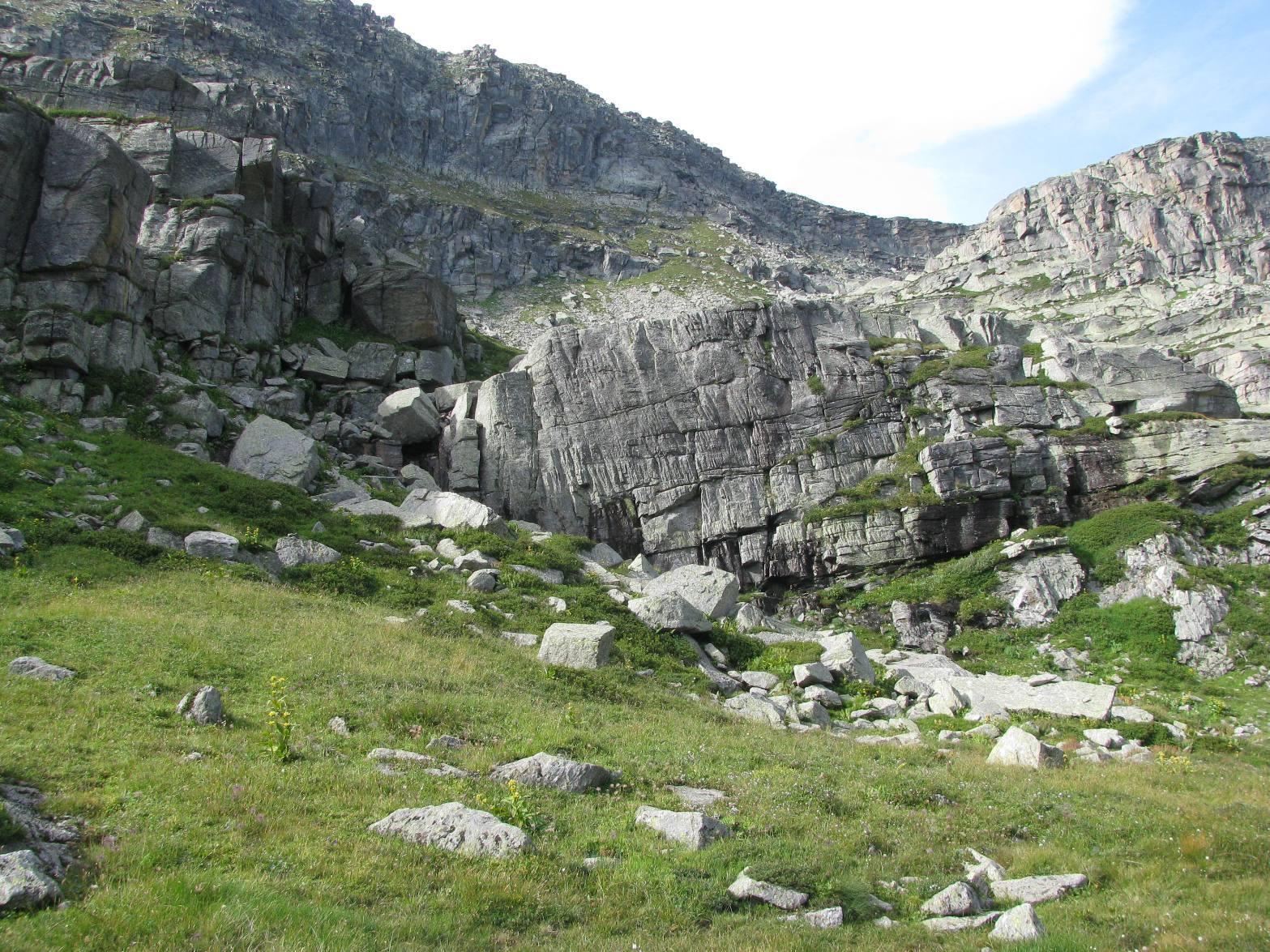 Superamento prima barriera rocciosa
