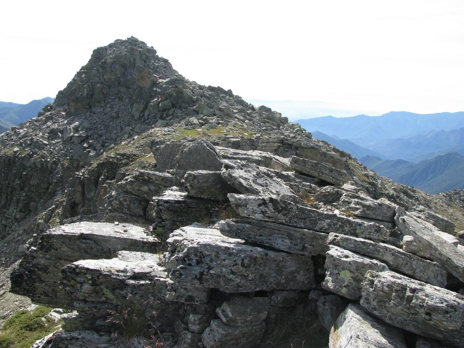 Il Gran Bernardé visto percorrendo la cresta Ovest