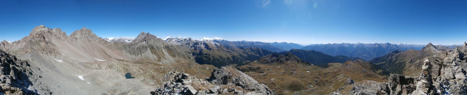 stupendo panorama dalla vetta a 360 gradi...