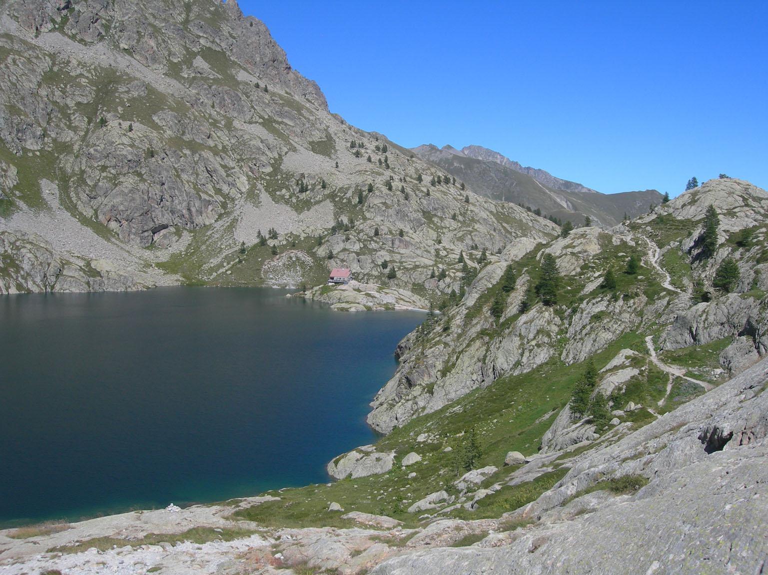 Lac vert e Refuge de Valmasque