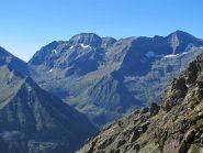 Zoom sulla Torre di Ovarda e sul Monte Servin