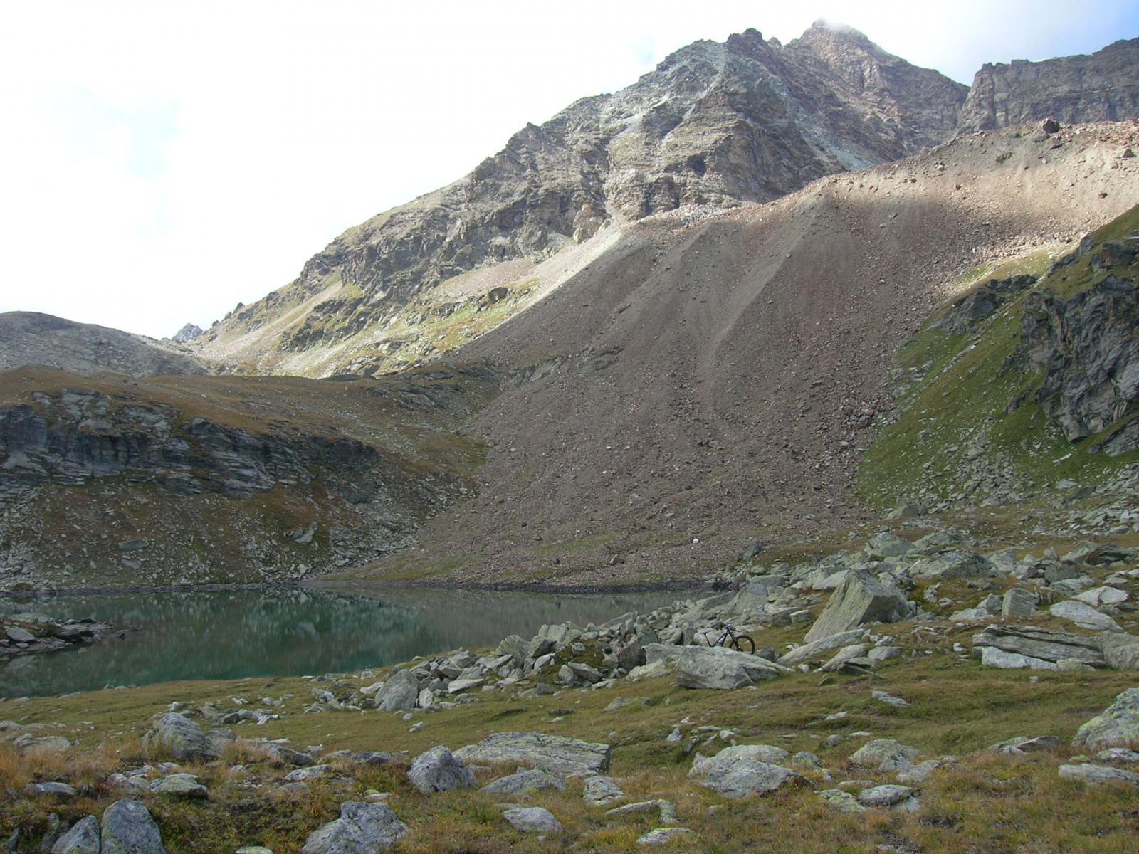 Lago e Becca di Luseney