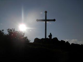 il passo della croce sotto il Turu