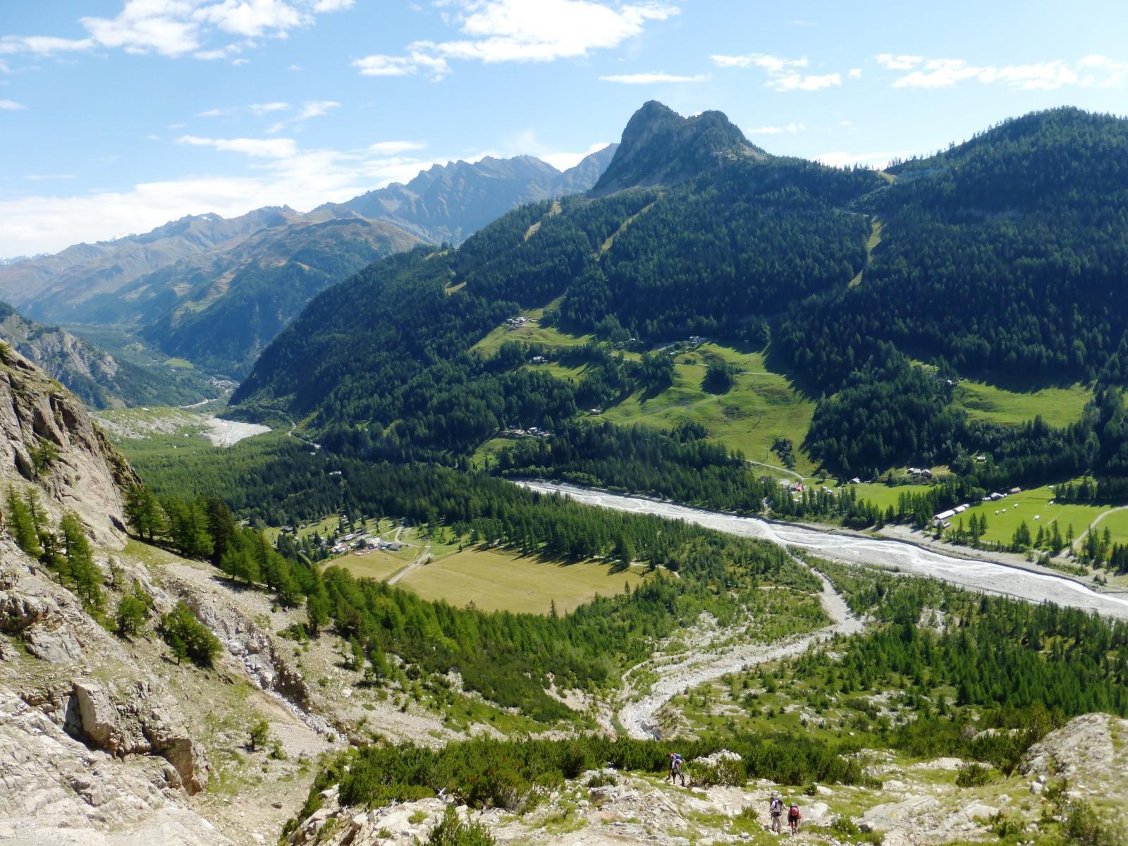 panorama sulla val Veni e M.Chetif
