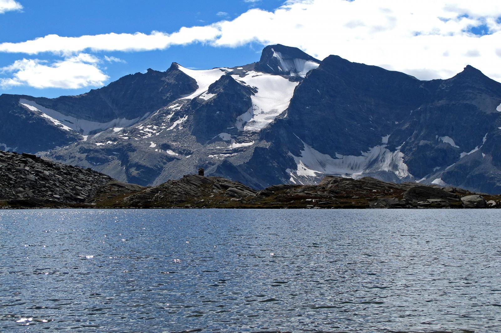 Lago della Civetta 2568 verso Carro,Aiguille Rousse,Oin