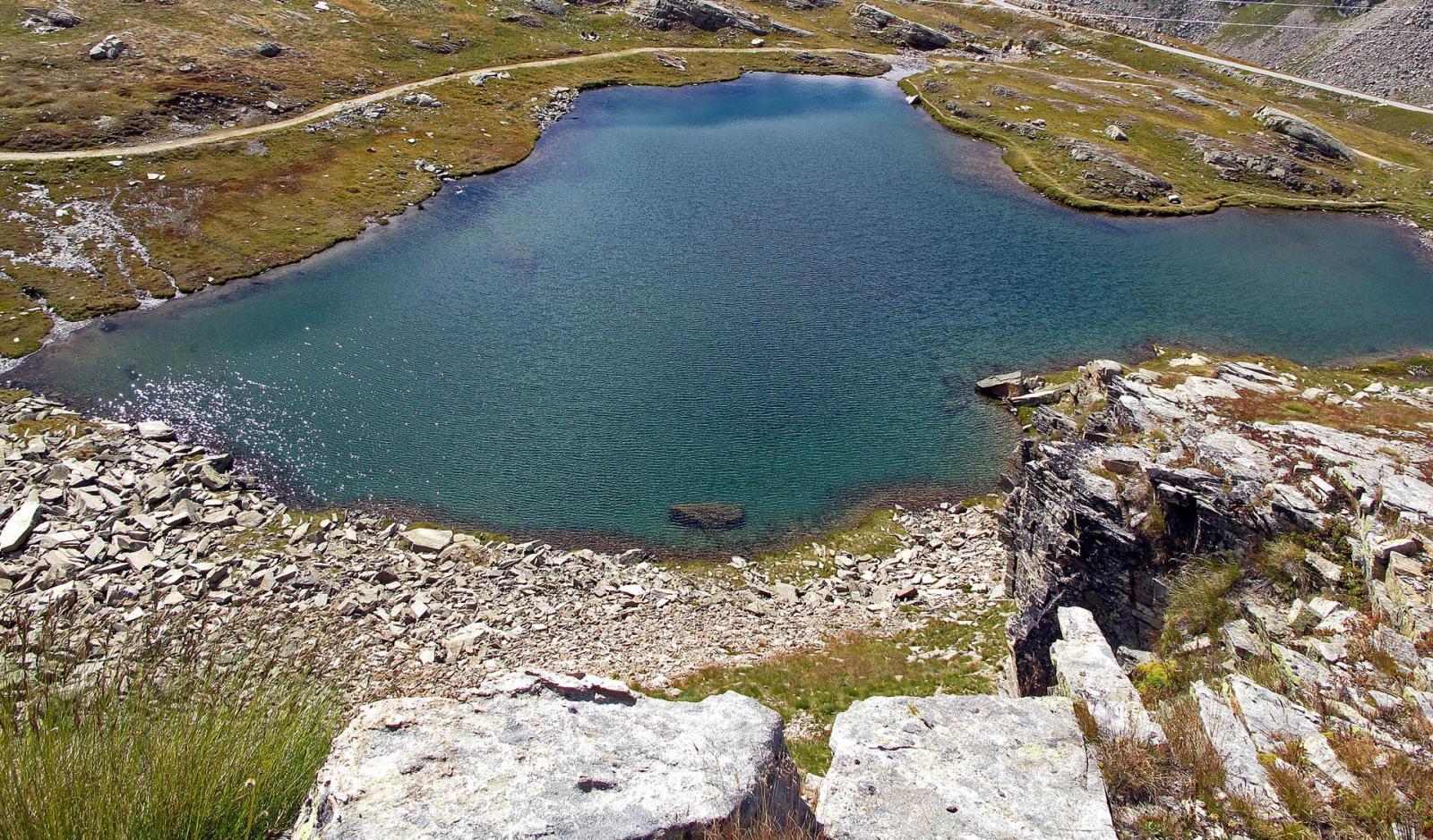 Lago q. 2461 a pochi minuti dall'auto