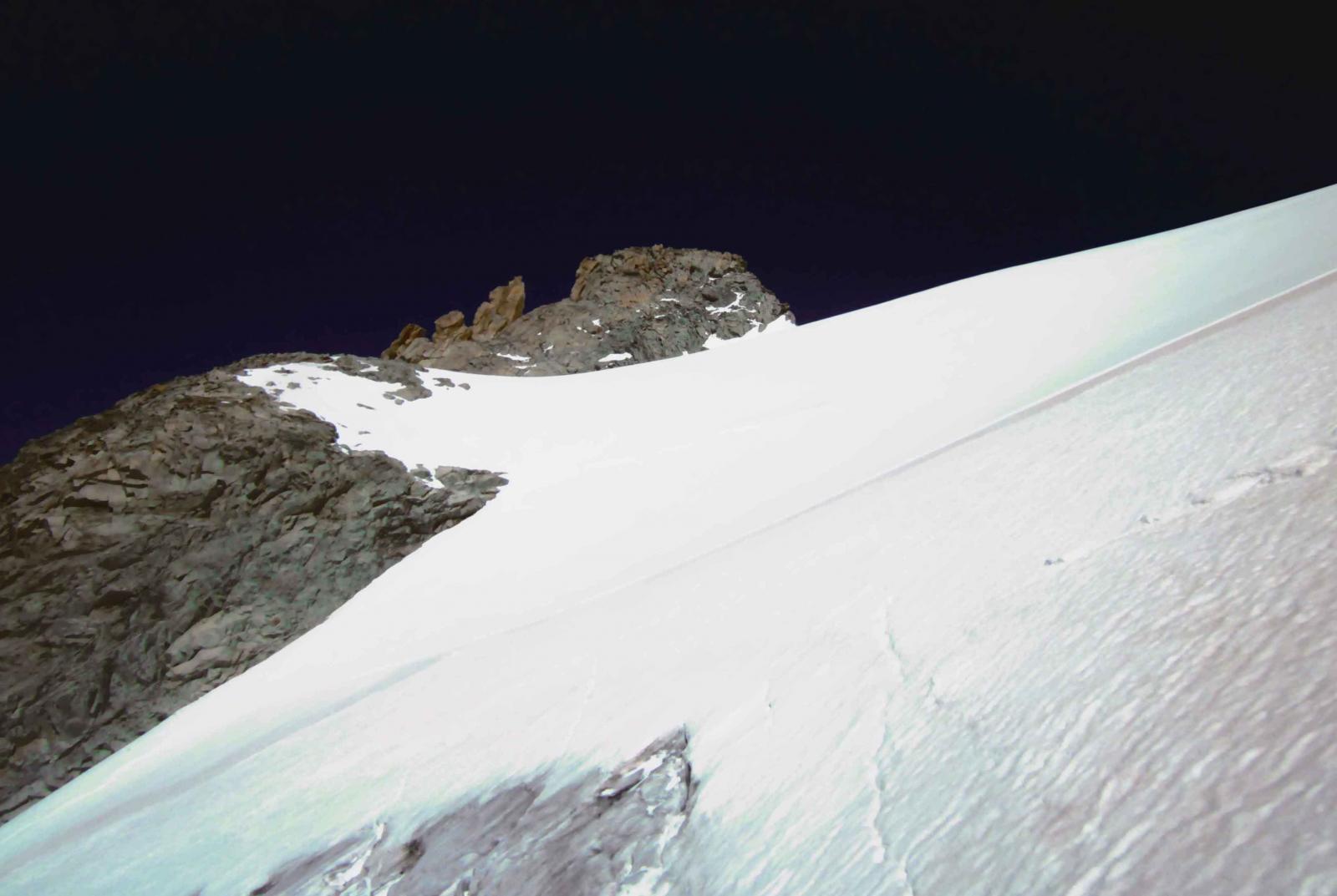 la vetta vista dalla cima della fascia rocciosa