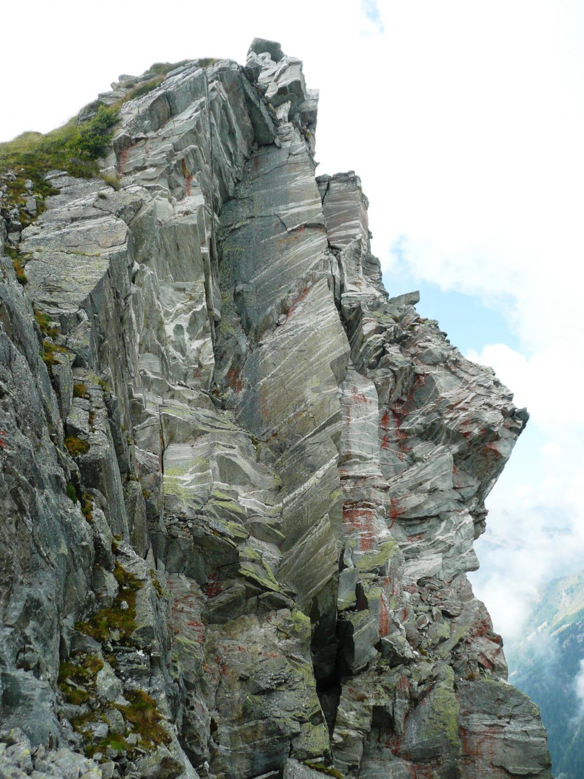un doveroso omaggio alle storiche vie di arrampicata