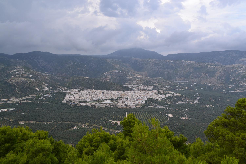 la città di Mattinata vista dalla cima