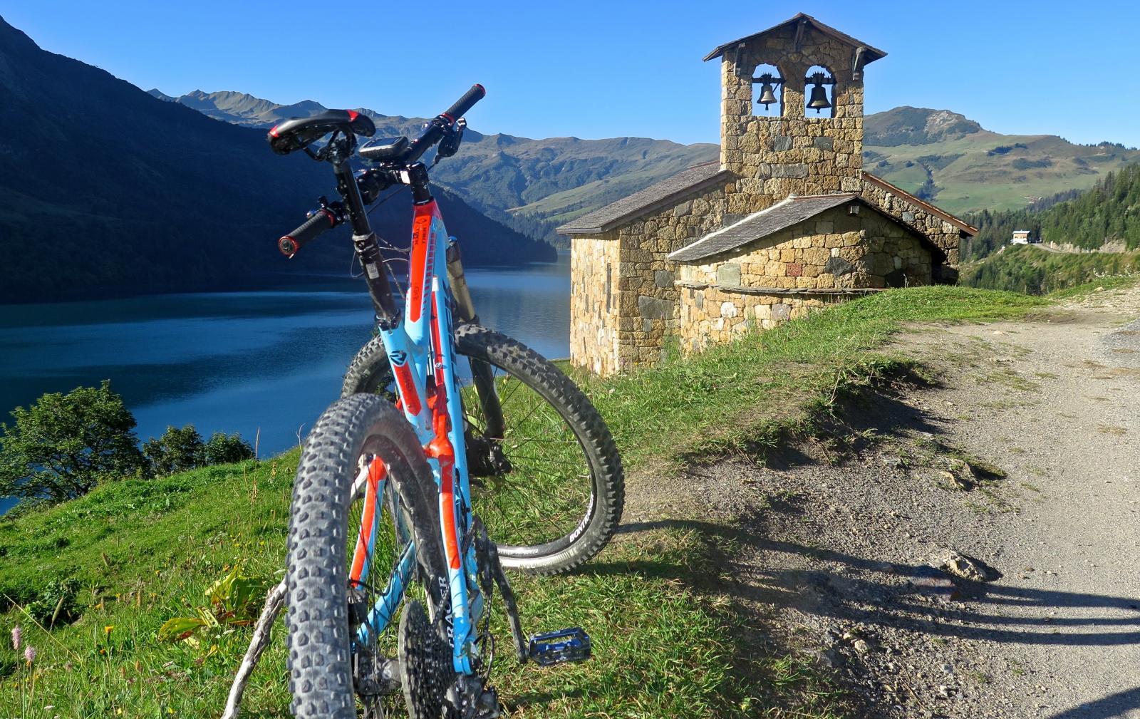 Roseland Lake & my bike
