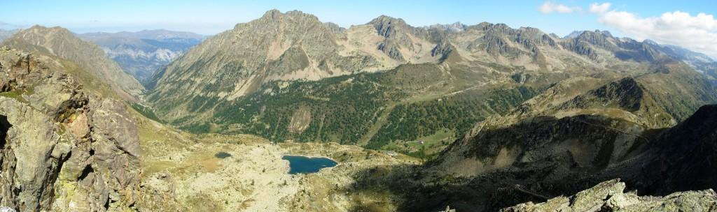 panorama dalle cime verso il vallone di s.anna