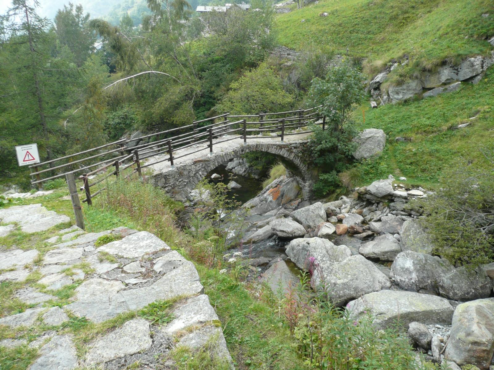 il ponte sul torrente Woargnu appena sopra Gruba