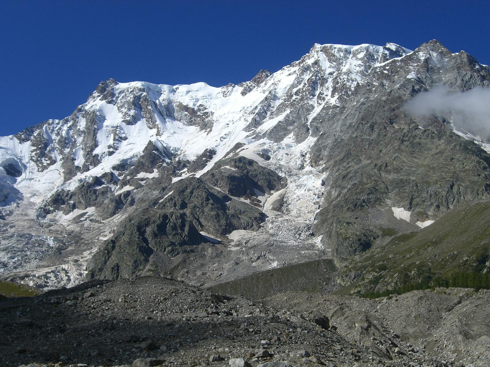 Parete est del Monte Rosa dal Ghiacciaio del Belvedere