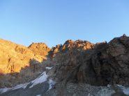 05 - primi raggi di sole del mattino sulla cima