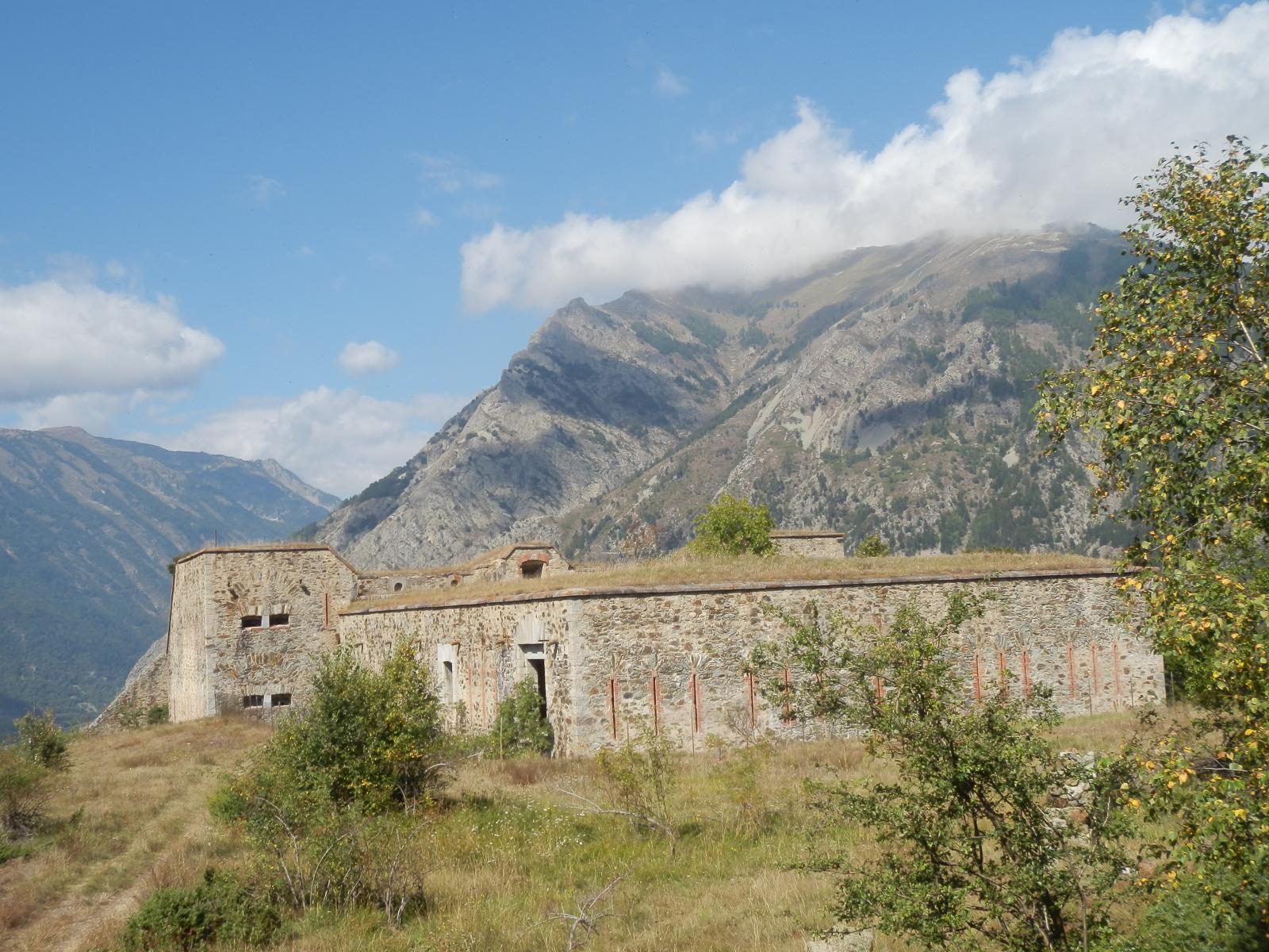 passaggio al Forte Piroat in discesa