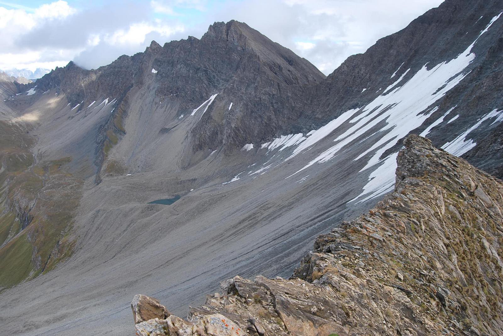 Dalla vetta, tutta la cresta dal Col Malatra al Col Bonalex