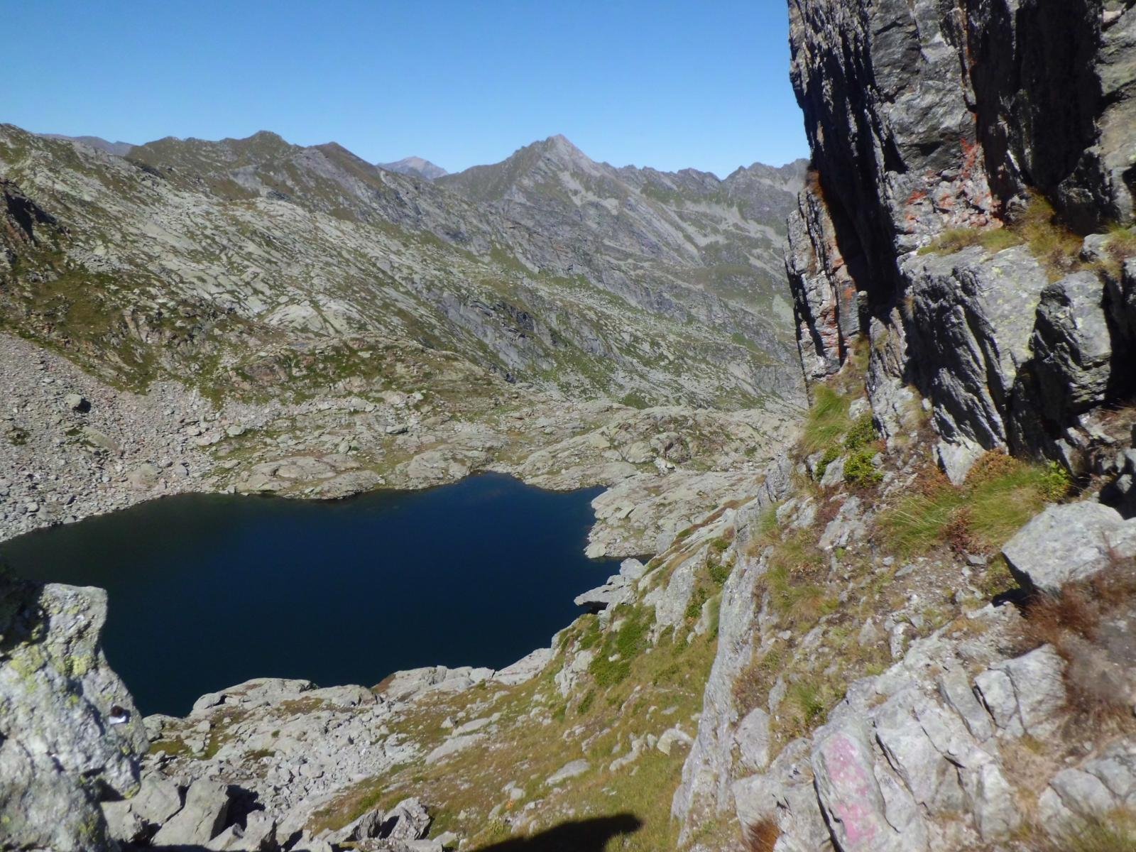 Il lago dalla bocchetta 2425