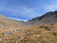 05 - a metà vallone tra Roc del Boucher a sx e Punta Ciatagnera a dx