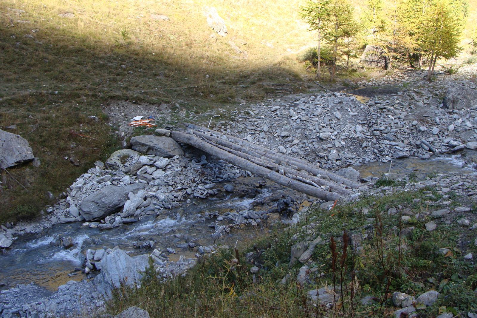 il ponte sul torrente
