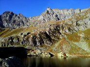 10. Scendendo, Punta Roma vista dal Lago Fiorenza