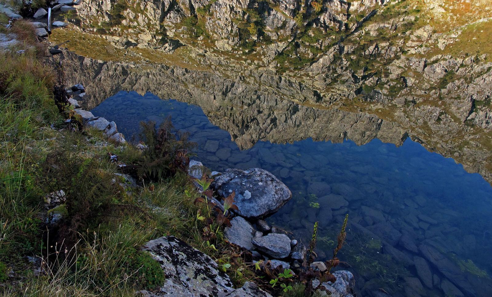 P. Roma a specchio nel lago superiore
