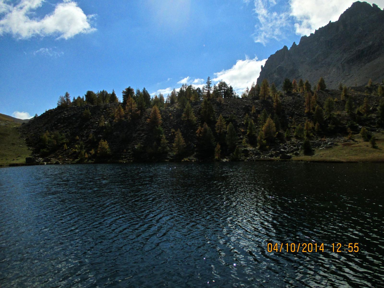 il Lac de Lauzet; se si proseguisse along the road si va verso La Furfande