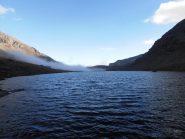 14 - in riva al Lac des Savines, nuvole che arrivano dal Col Clapier
